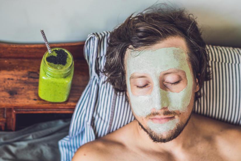 Maseczki mogą pomóc Ci w walce z przetłuszczającą się skórą