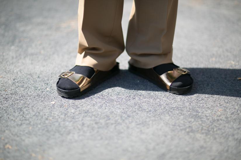 Tak nie nosimy sandałów!!!