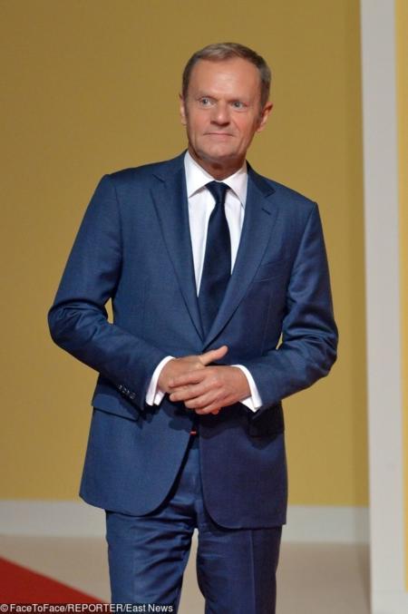 Donald Tusk lubi luksusowe garnitury