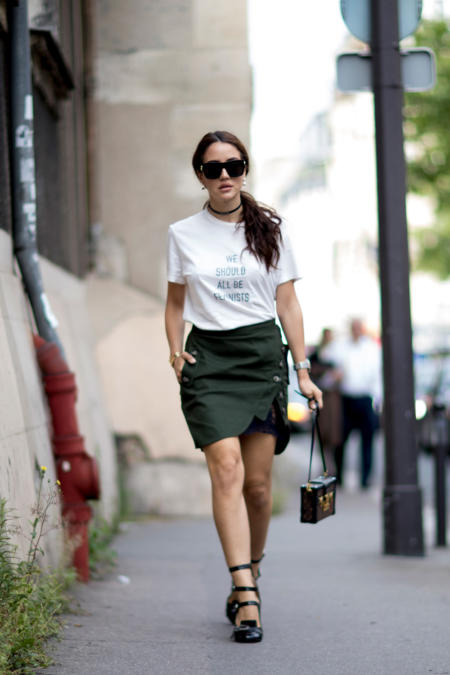 T-shirt + spódnica mini
