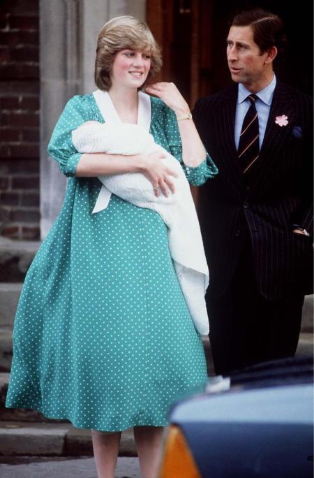 b068e3503d Kreacje w najważniejszych dniach księżnej Kate są niezwykle przemyślane i  śmiało można stwierdzić