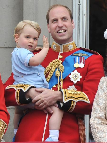 Królowa Elżbieta II obchodzi drugie, oficjalne urodziny - Książę William