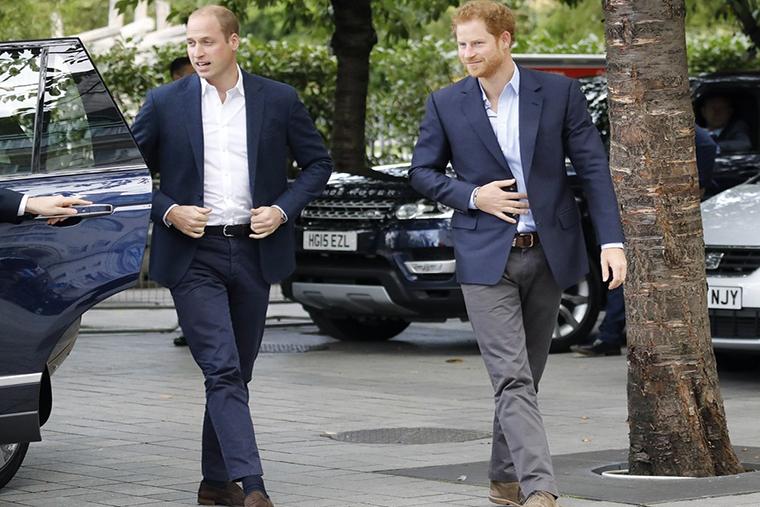 Rodzina królewska na publicznych wyjściach decyduje się na styl smart casual