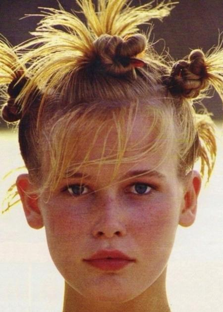 Claudia Schiffer lata 90.