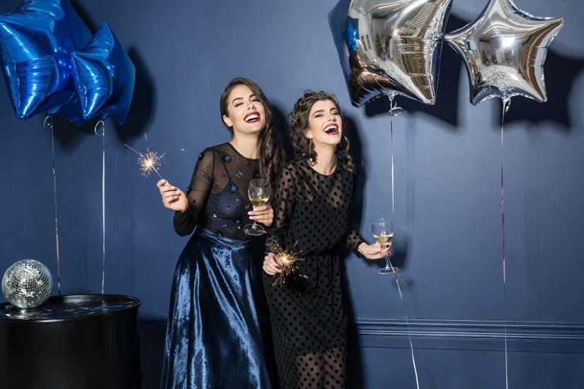 ef87df249bfd sukienki na imprezę - Allani trendy