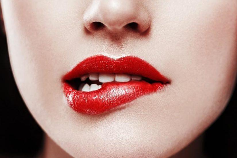 jak przedłużyć trwałość szminki?