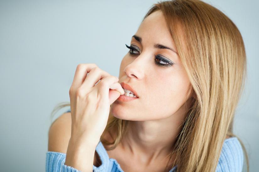 Jak skończyć z obgryzaniem paznokci