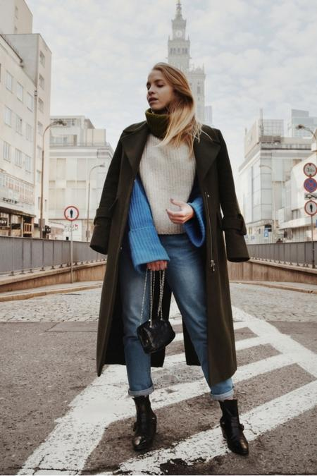Trip by Triplets - jeansy  i kolorowy sweter
