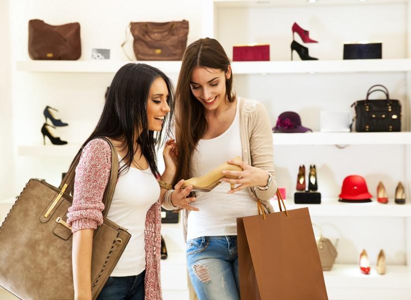Reklamacji można dokonać u sprzedawcy lub producenta butów