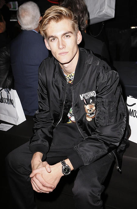 MFW- Moschino - Runway - Milan Fashion Week Spring/Summer 2018 Models Gigi Hadid, bella Hadid, Kaia Gerber the Runway to Moschino   Pictured: Presley Gerber