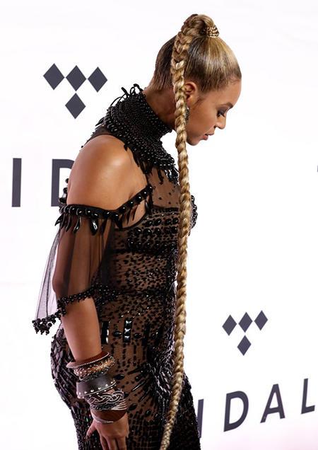 Beyonce w najmodniejszej w tym roku fryzurze