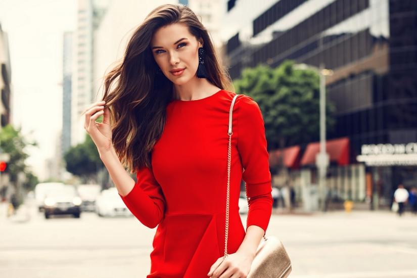 629e07a6ad Makijaż do czerwonej sukienki. Poradnik - zobacz na Trendy Allani!