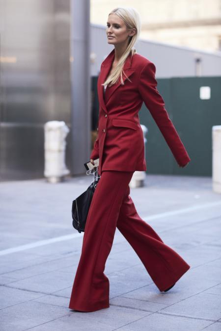 21cec42141812 Wybór garniturowych spodni jest ogromny, tak więc bez trudu znajdziesz coś  dla siebie! Cygaretki najlepiej wyglądają na szczupłych i wysokich  kobietach, ...