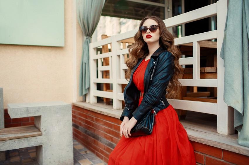 Dodatki Do Czerwonej Sukienki Co Wybrac Trendy Allani Pl
