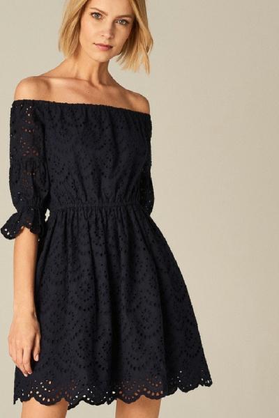3b52c9b665 Sukienki na 18. - Zobacz propozycje stylizacji i znajdź tę wymarzoną!