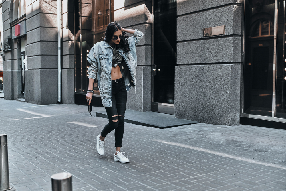 jeansowa kurtka na jesien