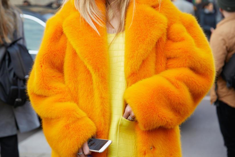 modne płaszcze i futra na jesień 2018