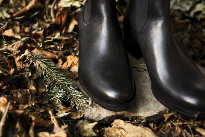 Ten rodzaj obuwia świetnie sprawdzi się podczas chłodniejszych dni