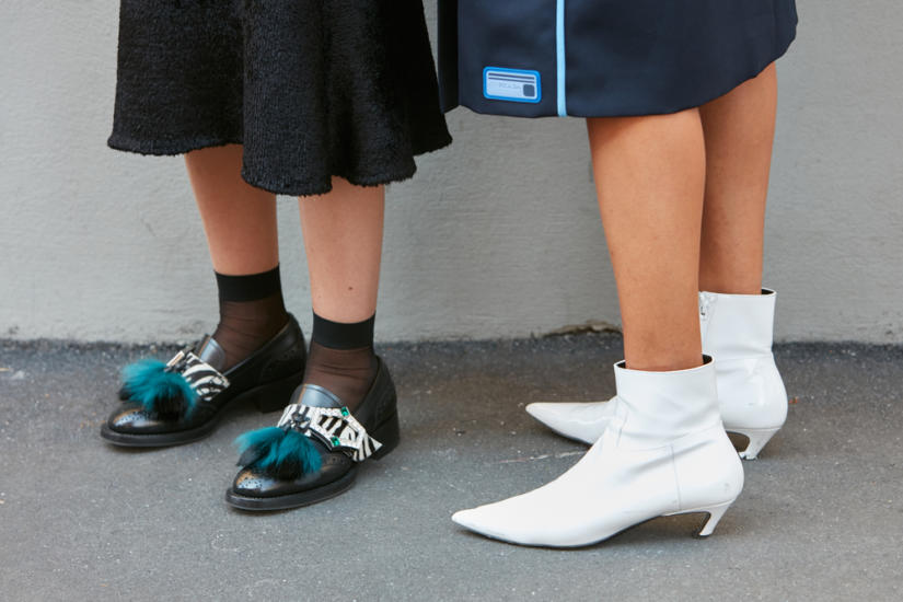 Modne białe botki damskie są popularne już od kilku sezonów