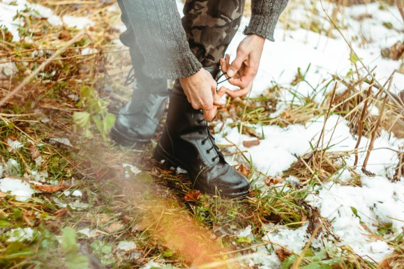 Motocyklowe botki można nosić zarówno jesienią, jak i zimą