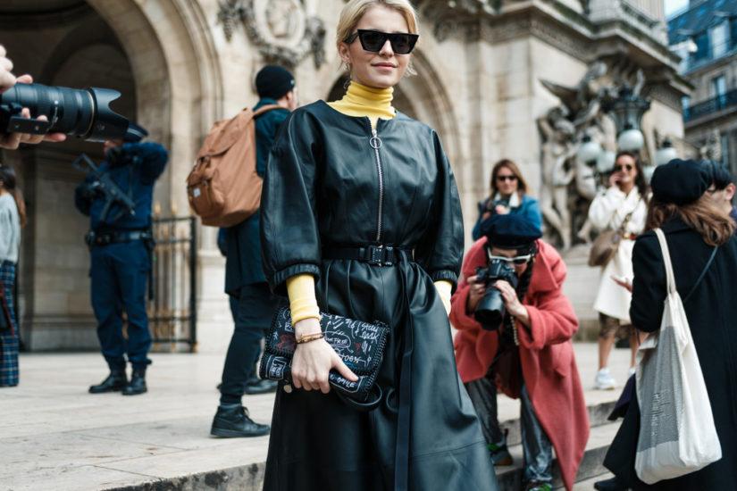 Sukienki z wyprzedaży 2018 zachwycają różnorodnością wzorów