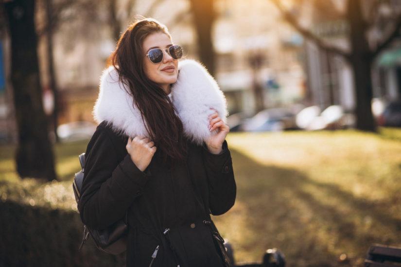 Kurtka z futerkiem cieszy się niesłabnącą popularnością od wielu sezonów
