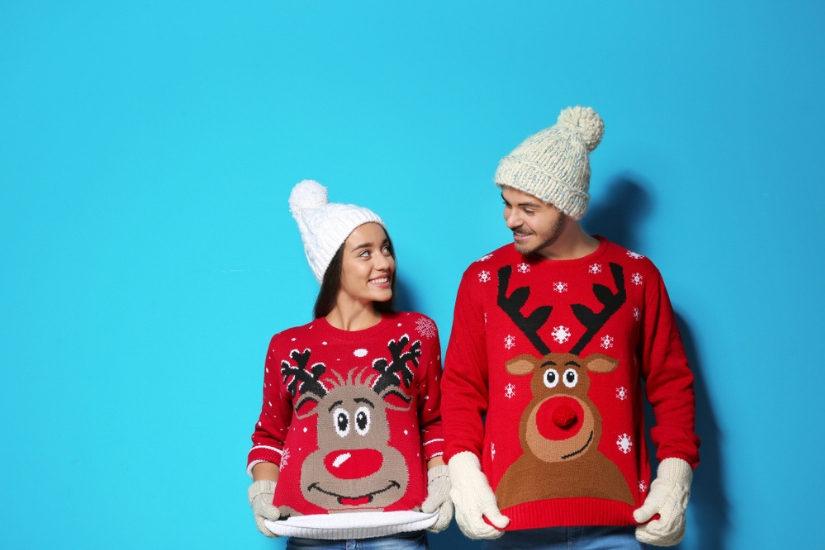 Lubicie bawić się modą? Sprawcie sobie pasujące do siebie swetry świąteczne