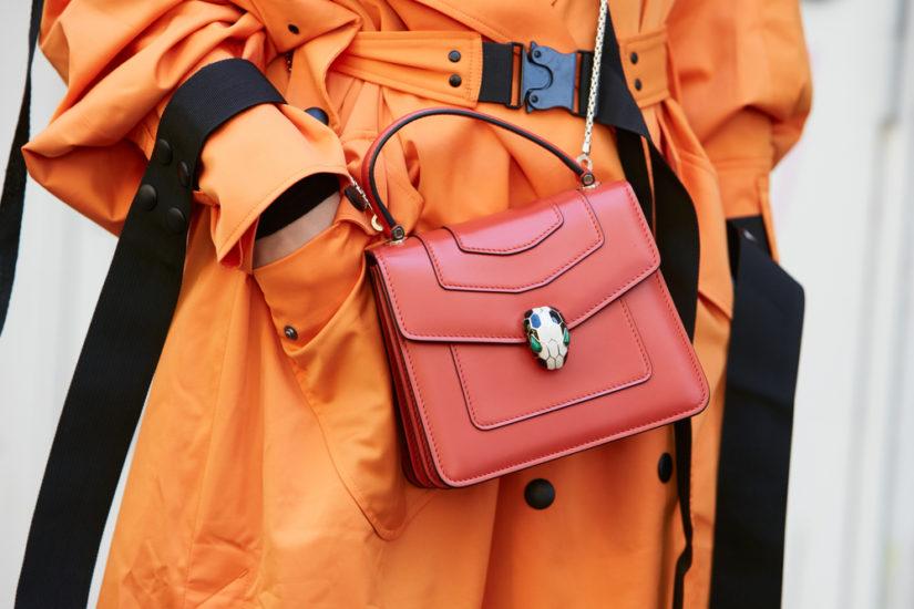 Płaszcz na wiosnę 2019 w stonowanym kolorze czy może w soczystymu odcieniu - co wybierzesz?
