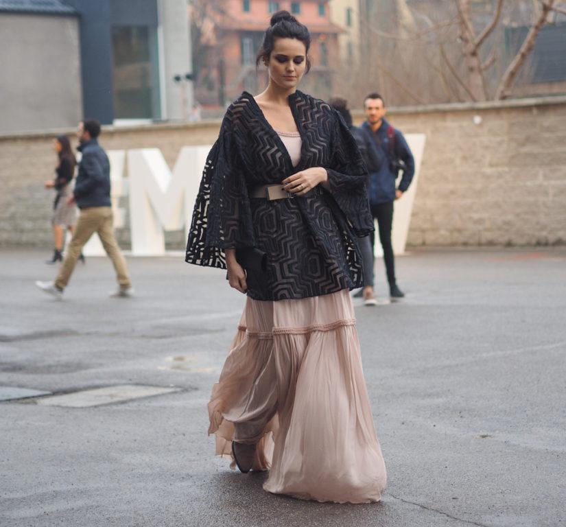 573da31037 Najpiękniejsze sukienki na wiosnę 2019 - trendy z wybiegów i nie ...