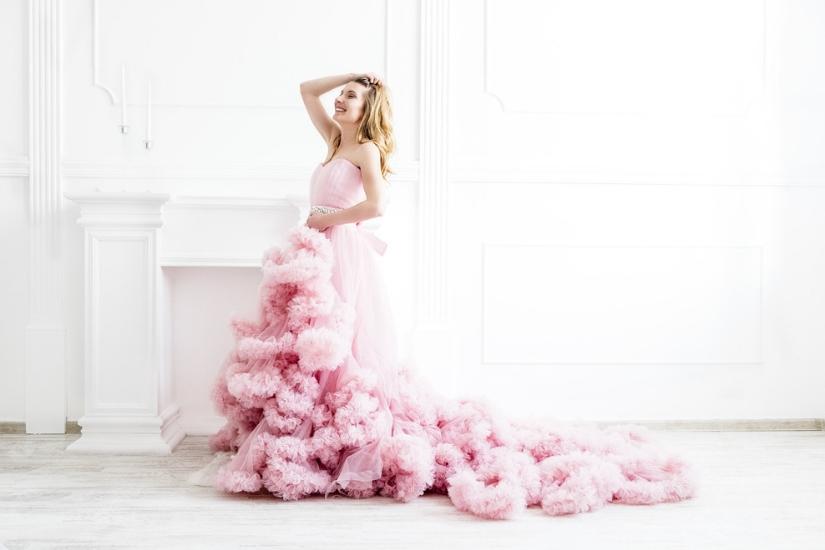 jaka sukienka na studniówkę