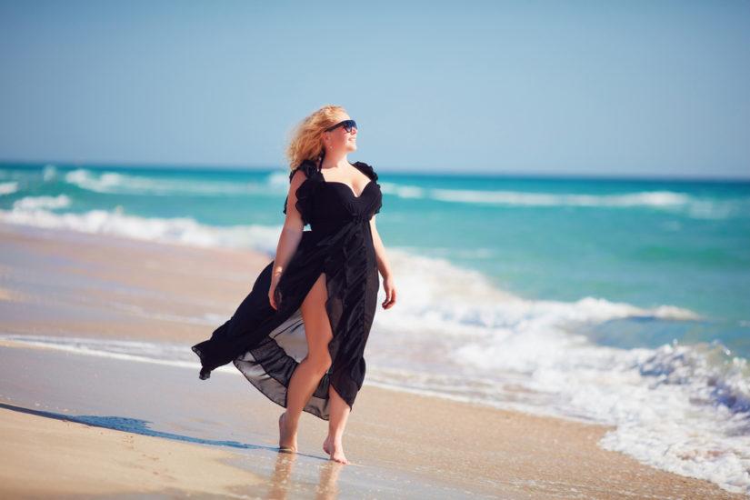 Sukienka letnia w większym rozmiarze w stylu boho będzie wyglądać bardzo efektownie