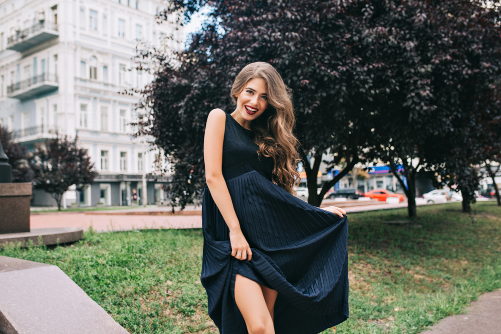 30f950fe54 Eleganckie długie sukienki na wesele 2019 – znajdź model dla siebie!  Małgorzata Bożek   Luty 26