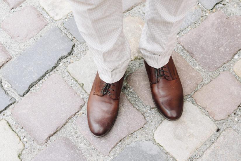 Oksfordy męskie uznawane są za klasycznie eleganckie buty i sprawdzają się przy wielu okazjach.