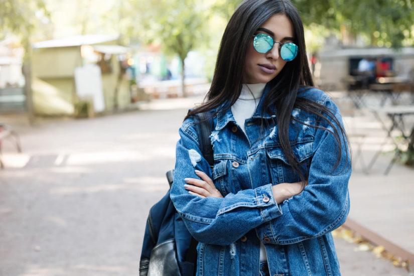 Kurtka jeansowa czy ramoneska? Obie będą modne na wiosnę