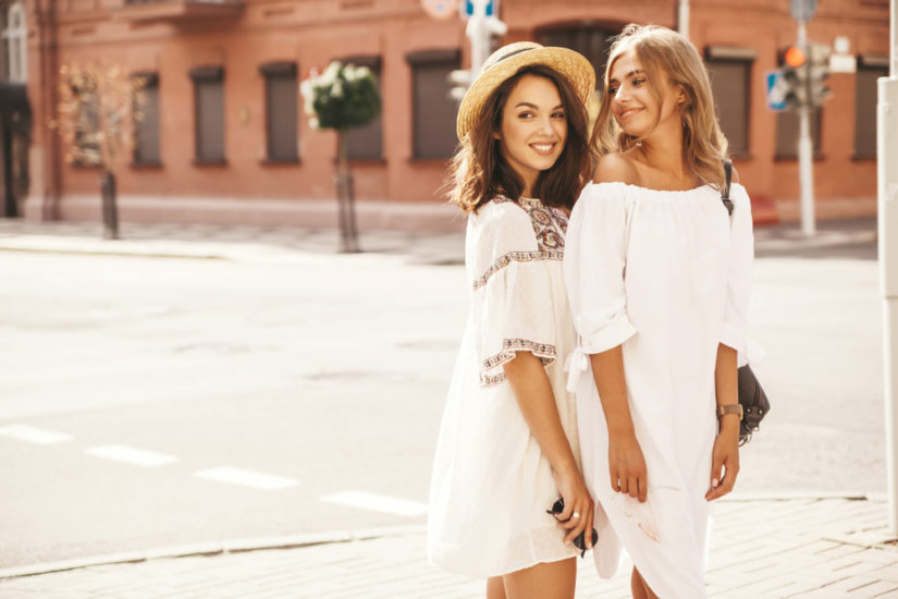 Moda damska na lato 2019 zachwyca komfortowymi rozwiązaniami i wyjątkowym stylem!