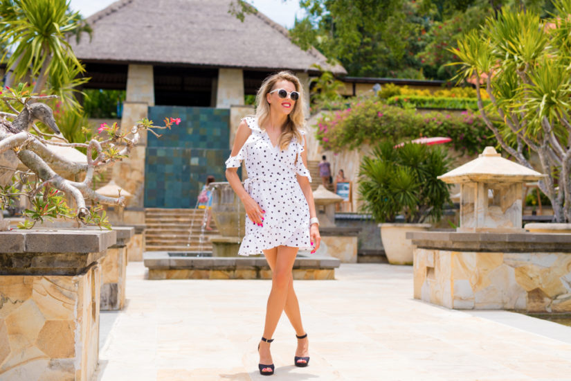 2fa7acf2af Letnie sukienki w groszki cieszą się niesłabnącą popularnością i zawsze  wyglądają bardzo stylowo!
