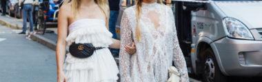 Białe sukienki na lato 2019 to modele boho i koronkowe.