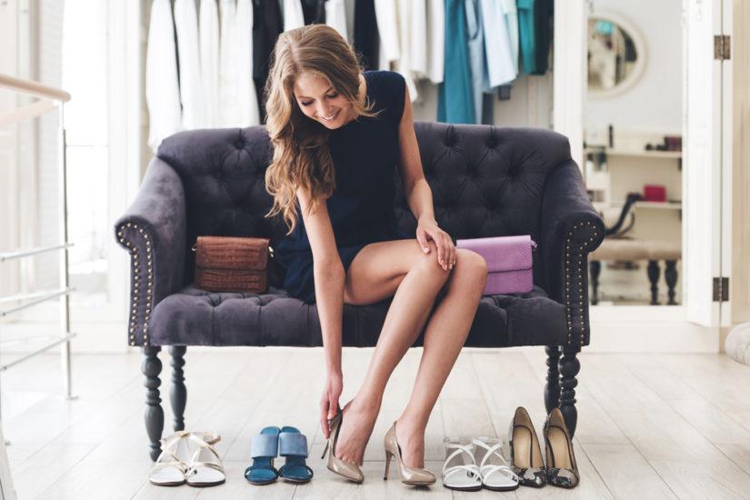 Jakie buty do granatowej sukienki pasować będą idealnie? Sprawdź nasze propozycje!