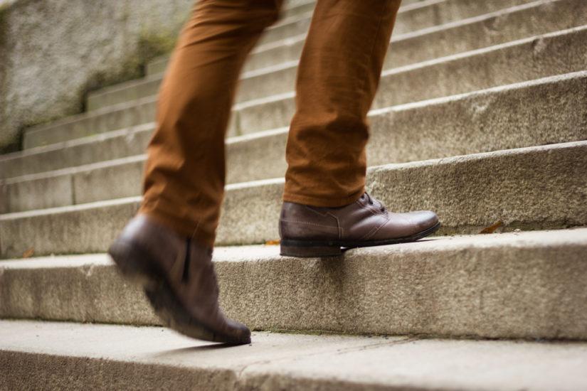 Modne buty jesień 2019 to modele klasyczne, ale też bardziej ekstrawaganckie fasony.