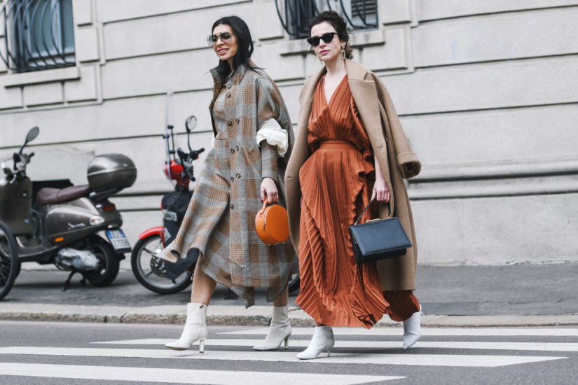 Płaszcze na jesień 2019 to stylowe i wygodne propozycje w rozmaitych fasonach!