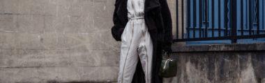 Modne płaszcze zimowe damskie są długie, wygodne i bardzo ciepłe.