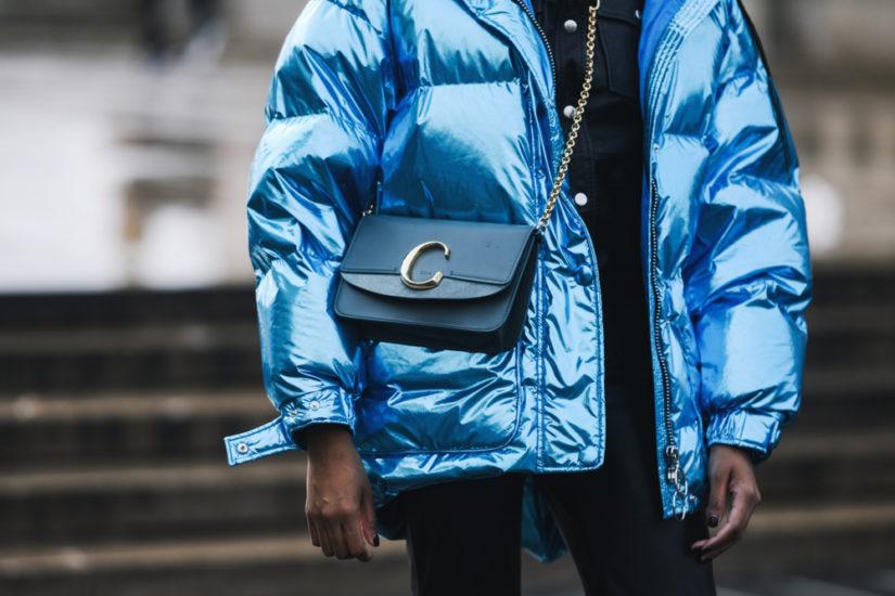 Kurtki puchowe damskie 2019/2020 to propozycja dla miłośniczek streetwearu.