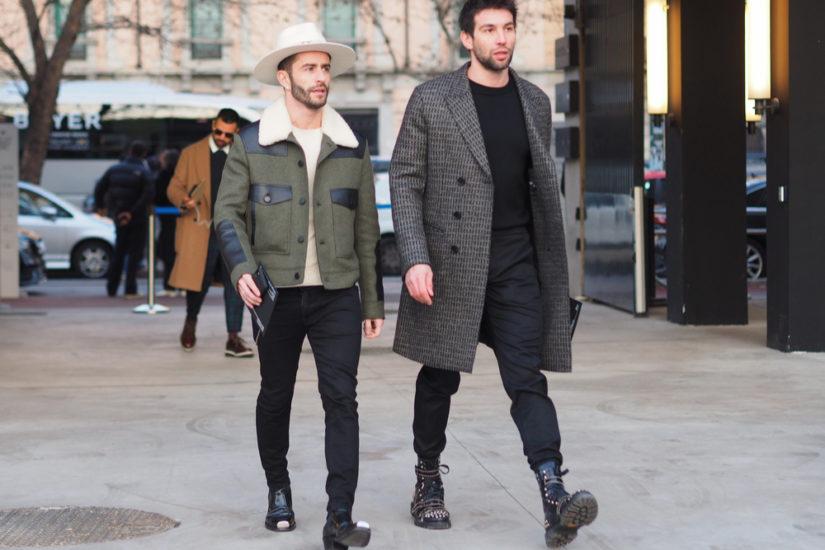 Modne stylizacje męskie z basicowym T-shirtem, skórzaną kurtką czy garniturem? Podpowiadamy, jak je tworzyć!