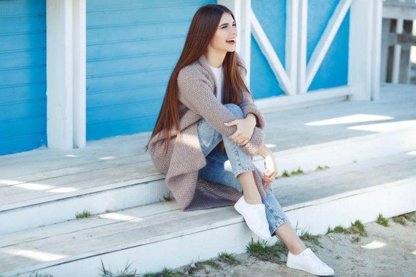 Długi kardigan to niezwykle uniwersalny sweter na różne okazje!