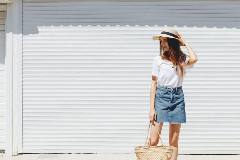 jeansowe spódnice stylizacje 2020