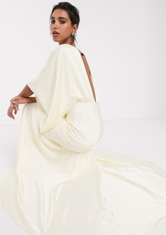 modne suknie ślubne z długim rękawem dostępne w sklepach asos