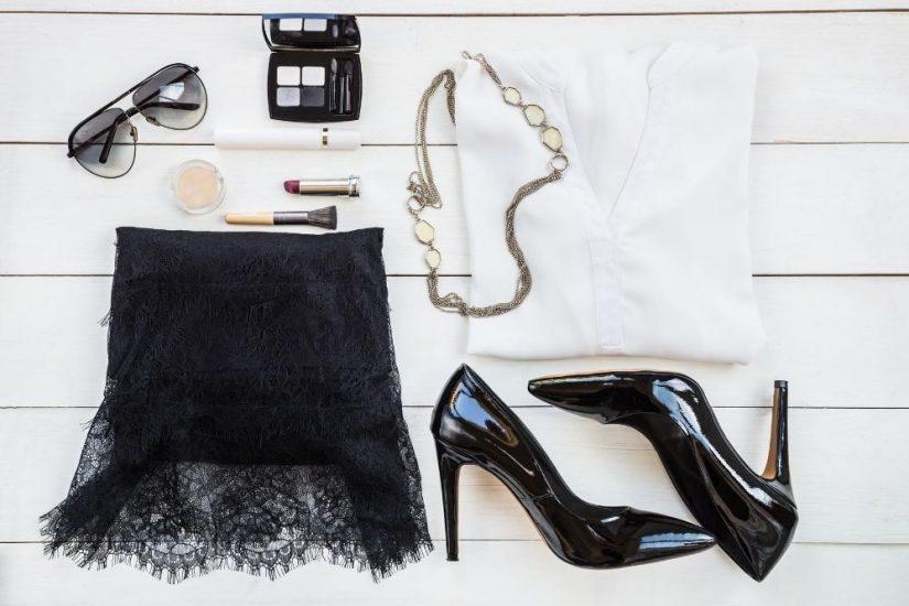 Odkryj modne stylizacje z koronkową spódnicą!