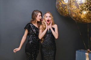 Obejrzyj najmodniejsze sukienki karnawałowe 2021!