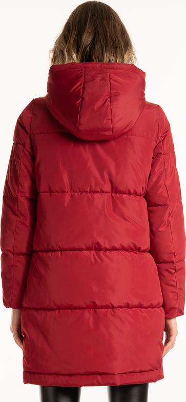 Długa pikowana kurtka zimowa ogrzeje cię nawet w najchłodniejszy dzień