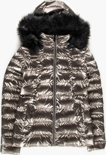 Tania kurtka zimowa damska w metalicznym kolorze świetnie wpisuje się w najnowsze trendy!